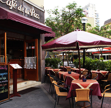 CAFE DE LA PAZ - CALLE TARATA Restaurant - and Peruvian Food INTERNATIONAL - MIRAFLORES - MESA 24/7 Guide | LIMA - Peru