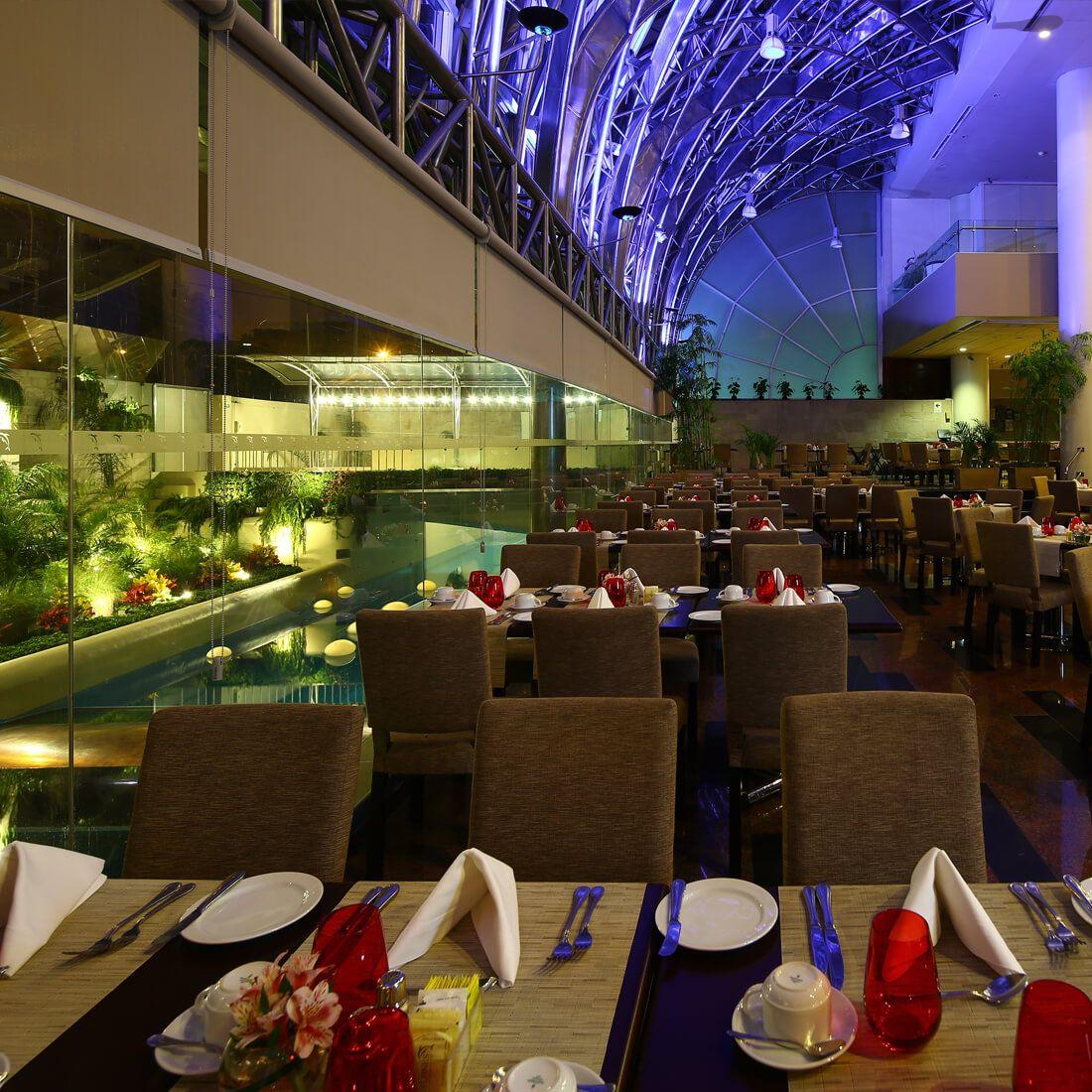 DELPHOS BISTRó Restaurante - Reserva en restaurantes de Comida INTERNACIONAL - SAN ISIDRO - MESA 24/7 | LIMA - Perú