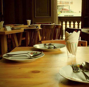 ISOLINA Restaurante - Reserva y Pide Delivery o Take Out en restaurantes de Comida BAR - TAPAS Y PIQUEOS - BARRANCO - MESA 24/7 | LIMA - Perú