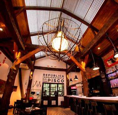 CHIPE LIBRE Restaurante - Reserva en restaurantes de Comida FUSIóN - SANTIAGO CENTRO - MESA 24/7 | SANTIAGO - Perú
