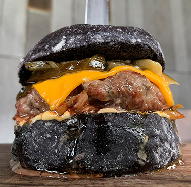 BLACK BURGER - SAN ISIDRO Restaurant - and Peruvian Food AUTHOR - SAN ISIDRO - MESA 24/7 Guide | LIMA - Peru