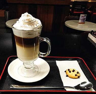 AMELIE CAFé Restaurante - Reserva y Pide Delivery o Take Out en restaurantes de Comida CAFé - SANDWICH Y ENSALADAS - SAN BORJA - MESA 24/7 | LIMA - Perú