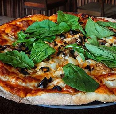 LORETTA PIZZAS & PASTAS Restaurante - Reserva en restaurantes de Comida ITALIANA / PASTAS - RECOLETA - MESA 24/7 | SANTIAGO - Perú