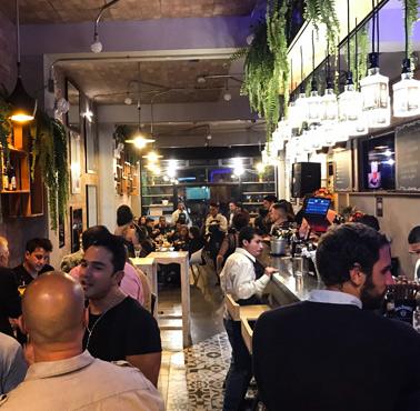 MANAS RESTO -BAR Restaurante - Reserva en restaurantes de Comida FUSIóN - SANTIAGO DE SURCO - MESA 24/7 | LIMA - Perú