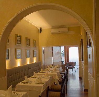 SYMPOSIUM Restaurante - Reserva en restaurantes de Comida ITALIANA - SAN ISIDRO - MESA 24/7 | LIMA - Perú
