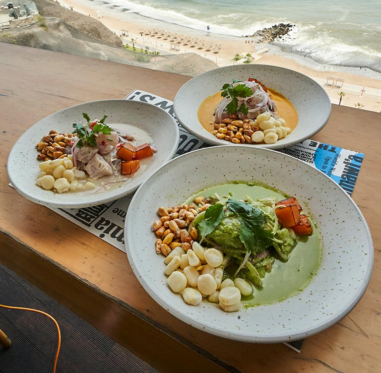 POPULAR - LARCOMAR Restaurant - and Peruvian Food INTERNATIONAL - MIRAFLORES - MESA 24/7 Guide | LIMA - Peru