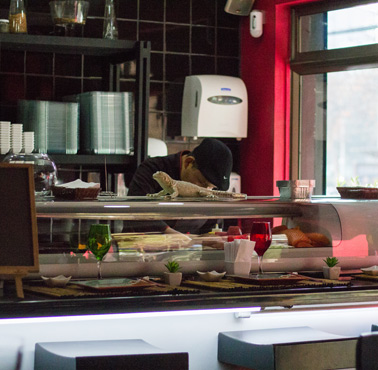 TATAKI - ALONSO DE CóRDOVA Restaurante - Reserva en restaurantes de Comida JAPONESA - VITACURA - MESA 24/7 | SANTIAGO - Perú