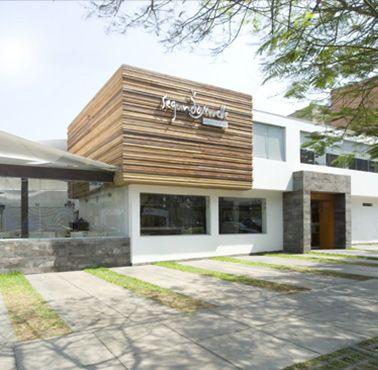 SEGUNDO MUELLE - ENCALADA Restaurante - Reserva y Pide Delivery o Take Out en restaurantes de Comida PESCADOS Y MARISCOS - SANTIAGO DE SURCO - MESA 24/7 | LIMA - Perú